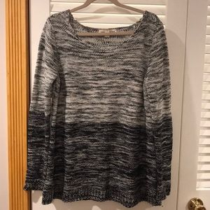 Like New BB Dakota Tunic Length Sweater